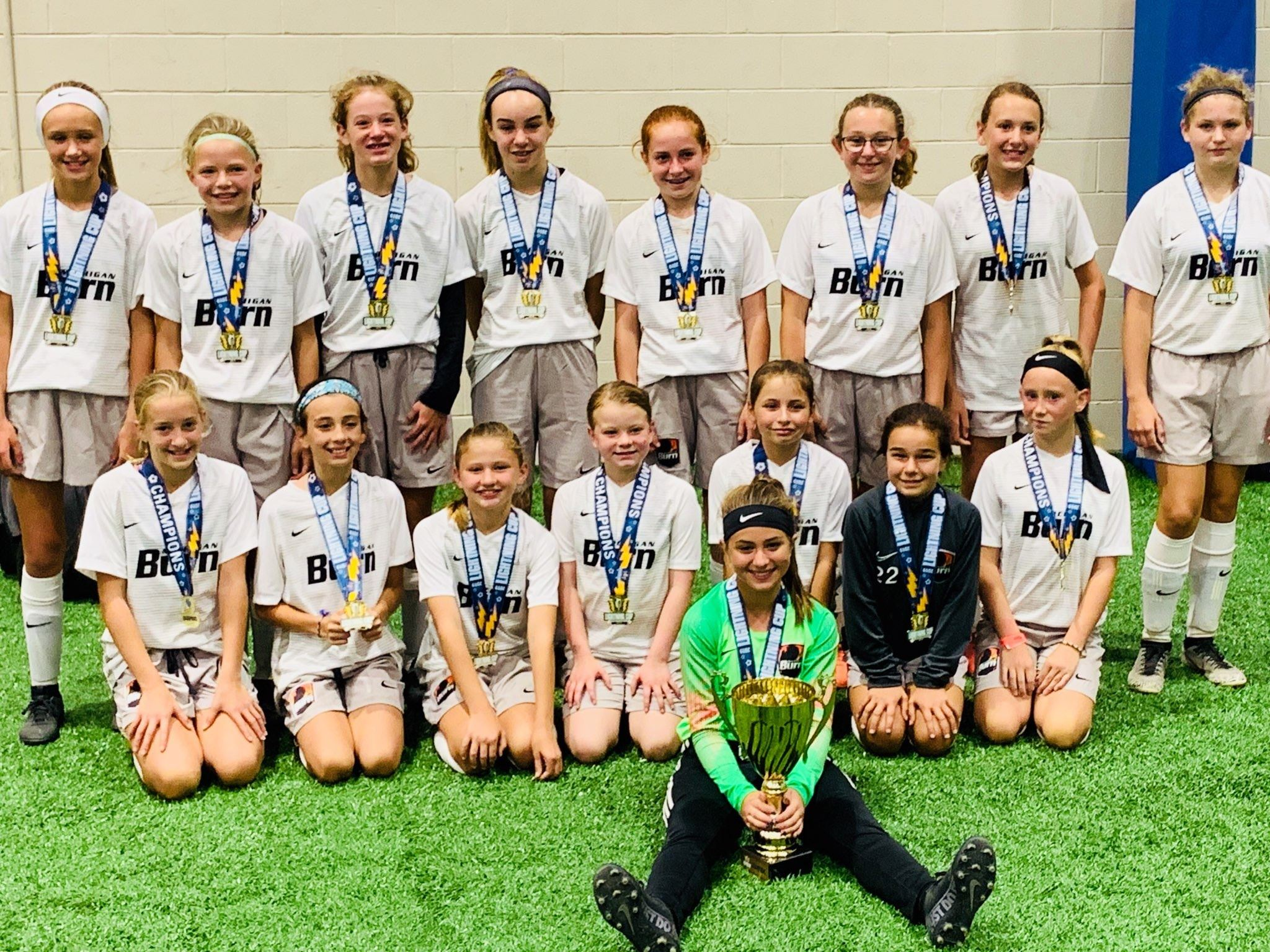 U13 Girls White are Lightning Cup Champions!